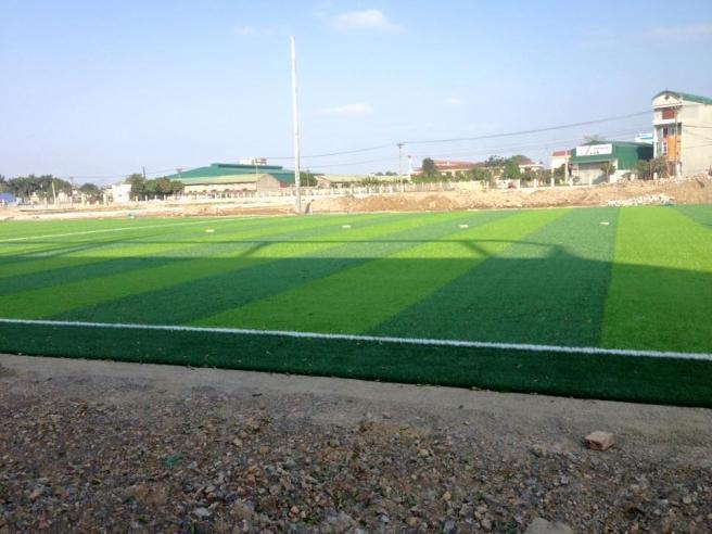 San bong da co nhan tao Anh Khoa tai thanh pho Ninh Binh _2AEWt → Công ty AFD grass