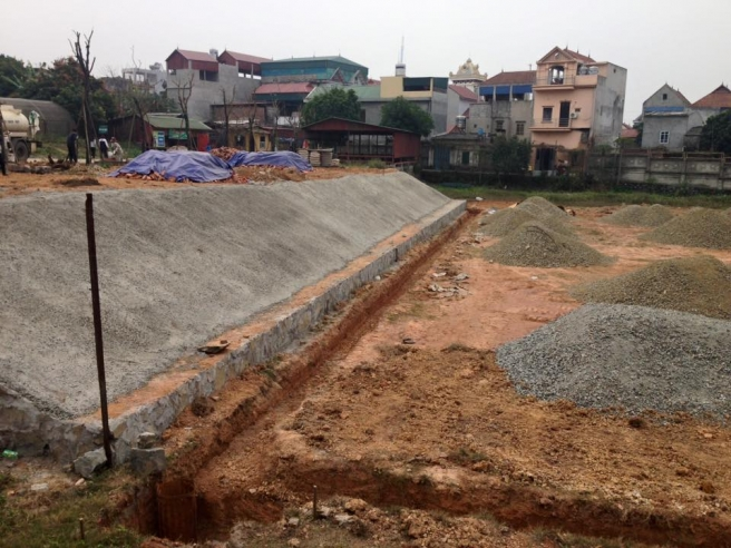 AFD Thi cong san van dong truong dai hoc Su Pham Ha Noi 2 _AnMYQ → Công ty AFD grass