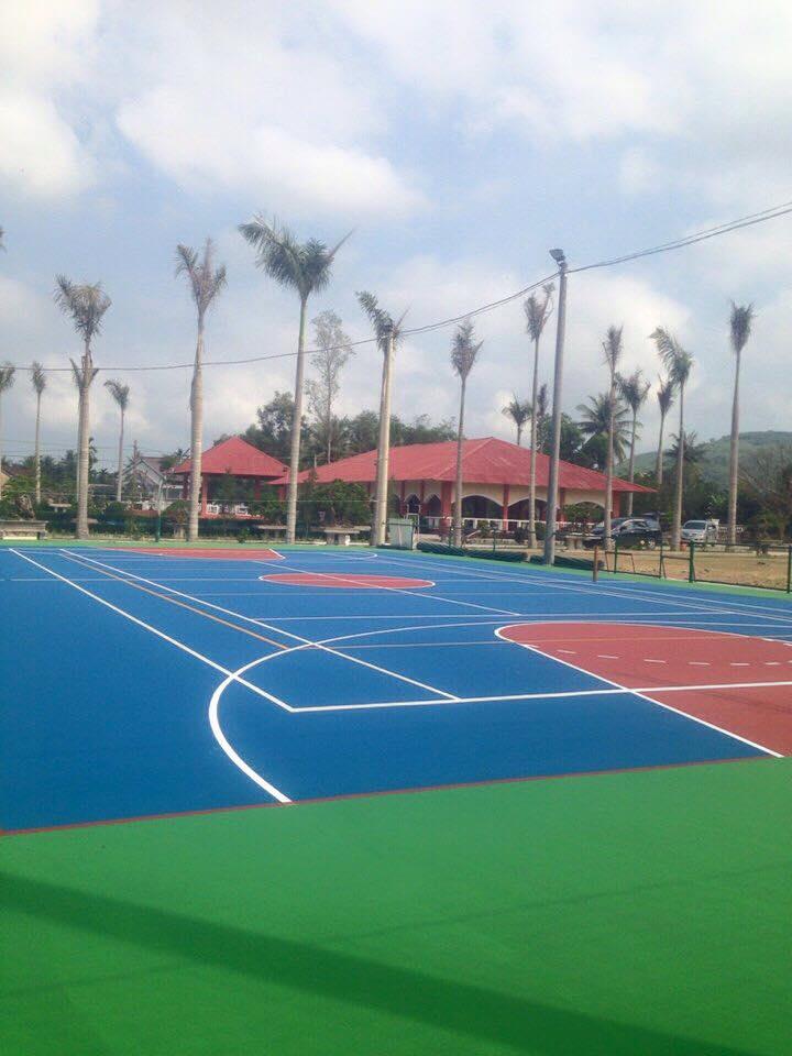 San tennis tai TT duc Pho tinh Quang Ngai _IZDUo → Công ty AFD grass
