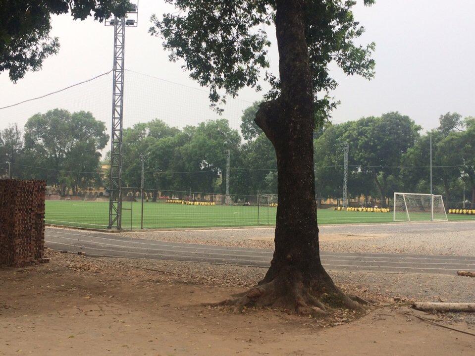 SaN BoNG HoC VIeN NoNG NGHIeP VIeT NAM _ZU8x3 → Công ty AFD grass