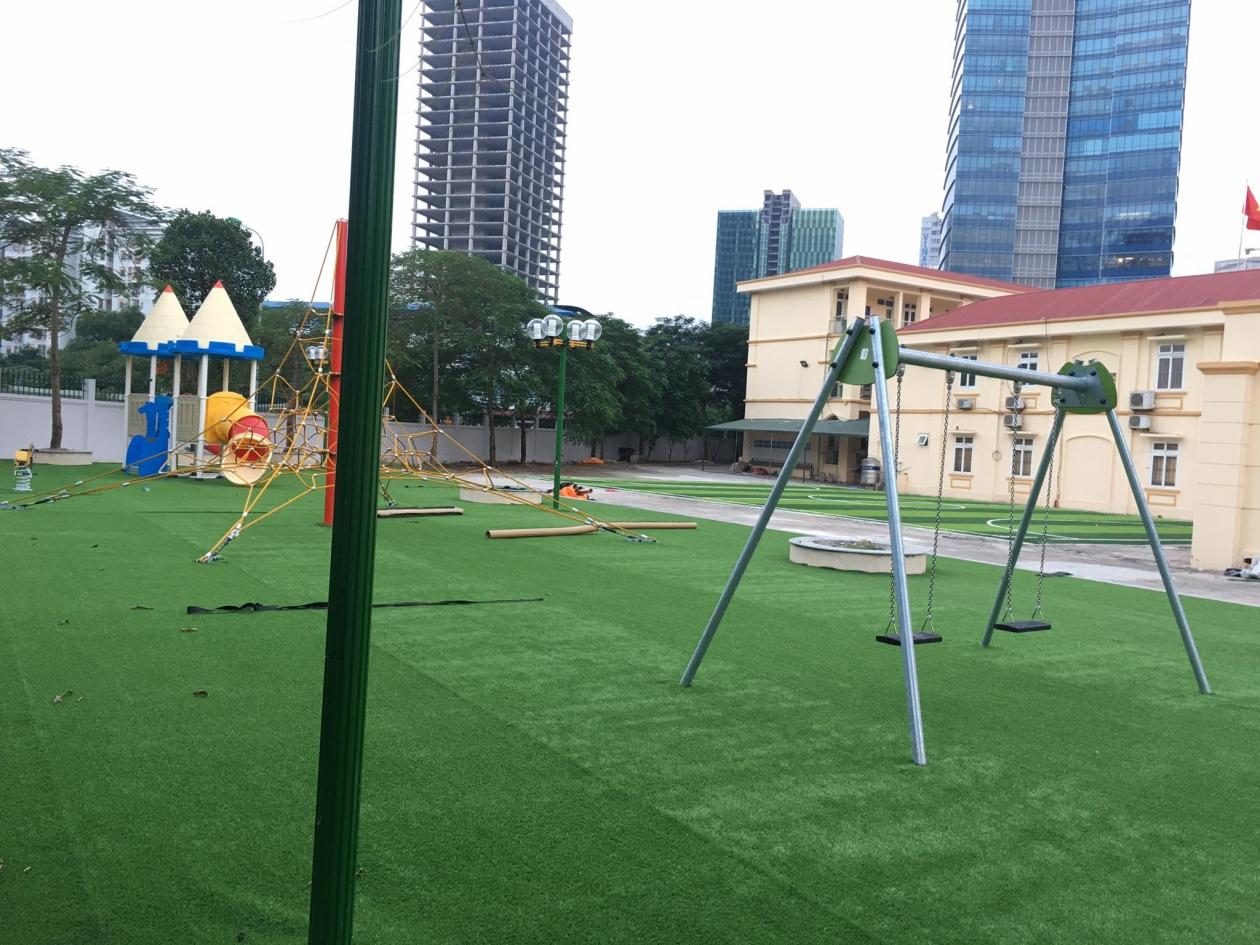 San vui choi truong Tieu hoc Nam Trung Yen _ipq6v → Công ty AFD grass