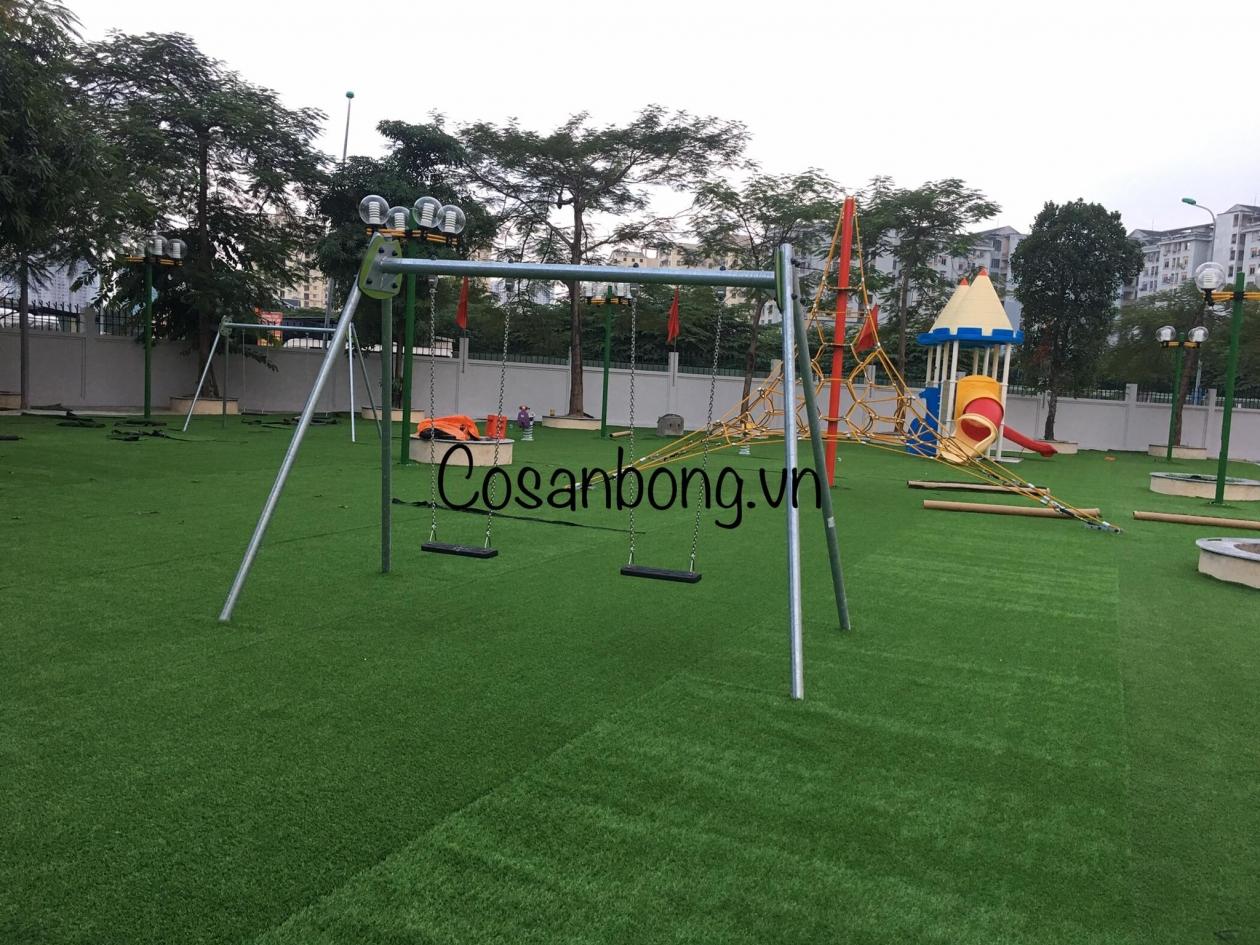 San vui choi truong Tieu hoc Nam Trung Yen _EdRc6 → Công ty AFD grass
