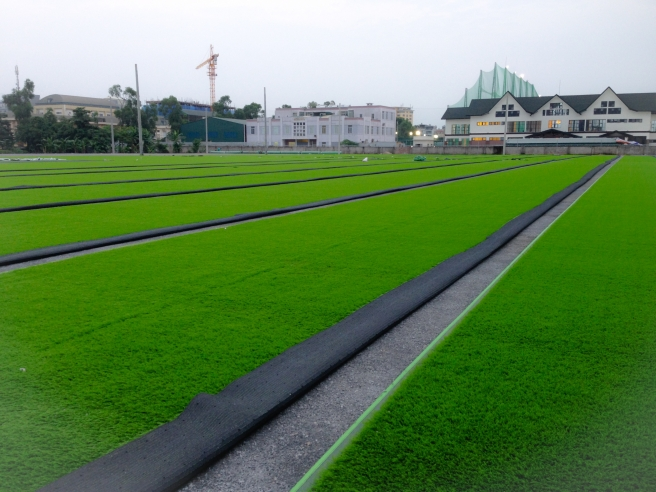 AFD cung cap co nhan tao va thi cong san bong VSA so 5D Le Trong Tan, HN _K3H2a → Công ty AFD grass