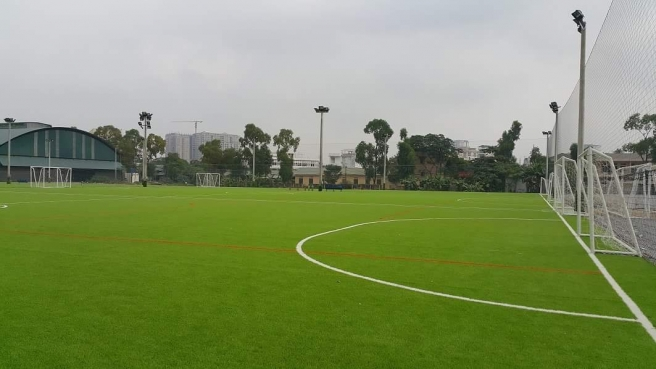 AFD cung cap co nhan tao va thi cong san bong VSA so 5D Le Trong Tan, HN _TbxG5 → Công ty AFD grass